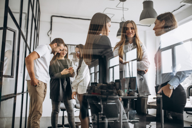 Colleghi di lavoro: le regole per la convivenza perfetta